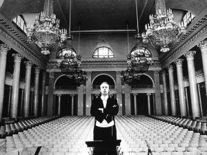 Tchivzhel in Great Hall of Leningrad